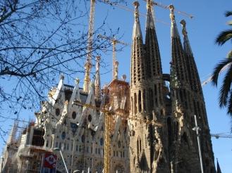 La Sagrada Familia-Barcelona-visaparaviajar.com