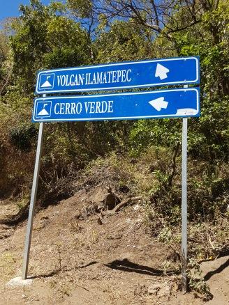 En camino al volcán Ilamatepec